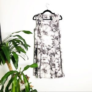 Lord & Taylor┃Gray Floral Dress
